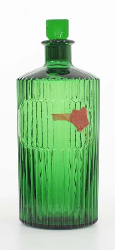 green ribbed poison with etched arrow